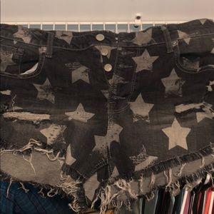Size 16/33 shorts